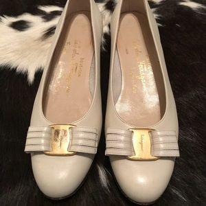 Ferragamo bow loafers size 6.5B